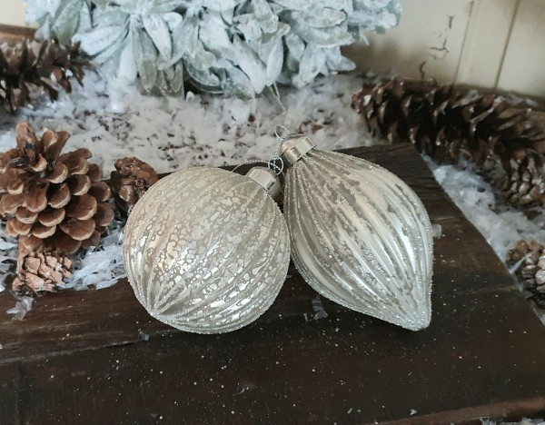 2 er Set ChristbaumkugelnWeiß Weihnachten Shabby Vintage Nostalgie Weihnachten Nr. 5