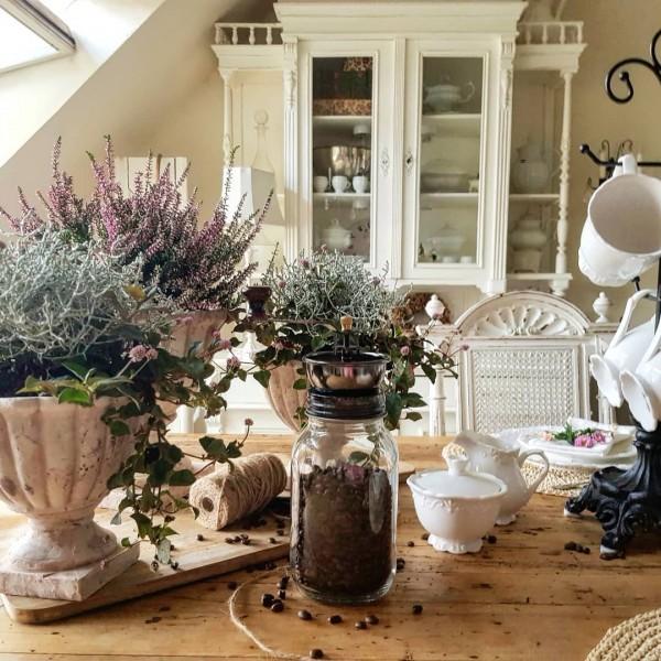 Pokal Übertopf Pflanzschale Antik Creme Garten Shabby Vintage Landhaus Deko Groß