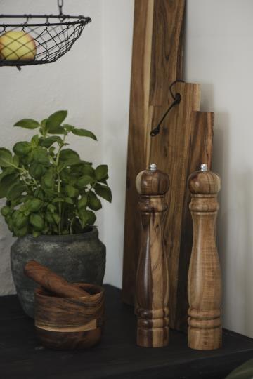 Ib Laursen Pferffermühle Akazie Holz Vintage Platzteller Boho Landhaus Deko